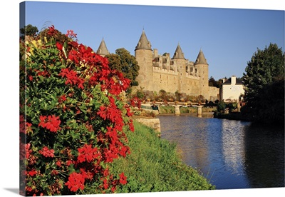 France, Brittany, Morbihan, Josselin,  Castle located along the shores of the Oust river