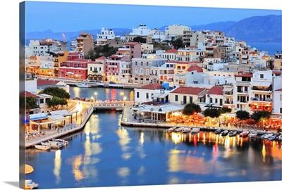 Greece, Crete Island, Agios Nikolaos, Town with the Voulismeni Lake in the foreground