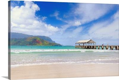 Hawaii, Tropics, Kauai island, Hanalei Bay and Pier