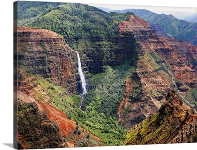 Hawaii, Tropics, Kauai island, Waimea Canyon and Waipo'o Falls