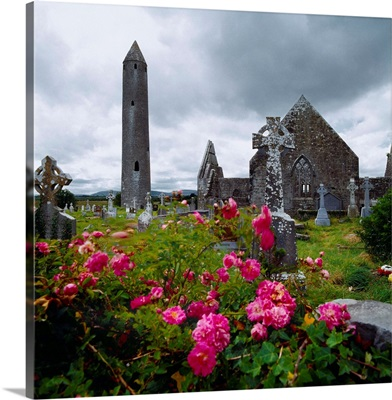 Ireland, County Galway, Burren area, Kilmacduagh Abbey