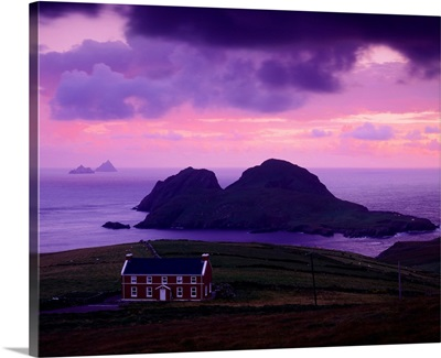 Ireland, County Kerry, Ring of Kerry, Puffin and Skellig islands