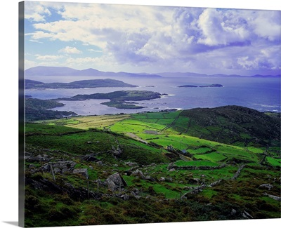 Ireland, County Kerry, Ring of Kerry, view from Coomakesta pass