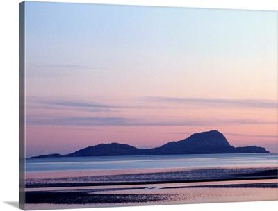 Ireland, County Mayo, Clare Island, sunset