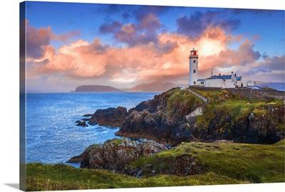 Ireland, Donegal, Fanad Head lighthouse at sunrise