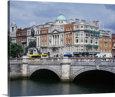 Ireland, Dublin, O'Connell Bridge