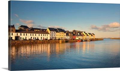 Ireland, Galway, Galway, Colored houses beside the Corrib river