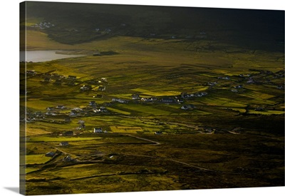 Ireland, Mayo, Achill Island, Atlantic ocean, Sunset on Keel village