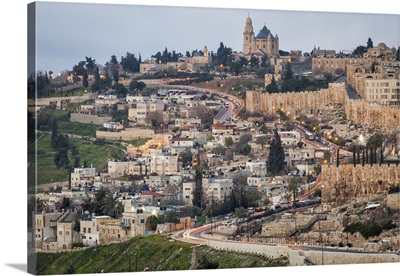 Israel, Jerusalem, Old city wall at dawn, seen from Olive Mount