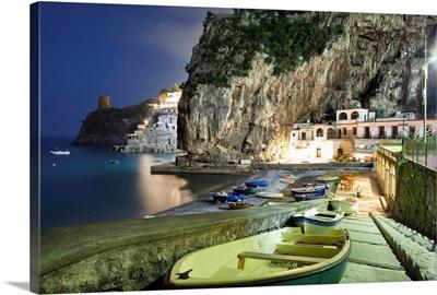 Italy, Campania, Amalfi Coast,  Peninsula of Sorrento, Praiano, Marina di Praia