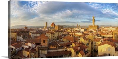 Italy, Florence, Duomo Santa Maria del Fiore, Cityscape with Duomo