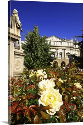 Italy, Lombardy, Milan, La Scala Theatre, La Scala Square with rose flowerings in spring