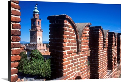 Italy, Lombardy, view from the castle towards Torre del Bramante
