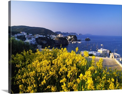 Italy, Pontine Islands, Ponza, View of Santa Maria from Panoramic road