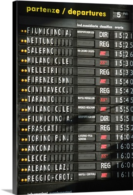 Italy, Rome, Termini Station, arrival departure board