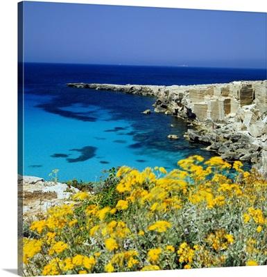 Italy, Sicily, Egadi, Favignana, Cala Rossa
