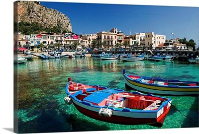 Italy, Sicily, Mondello, harbor