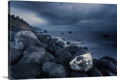 Italy, Sicily, Riserva Naturale Orientata La Timpa, Dark clouds and sky