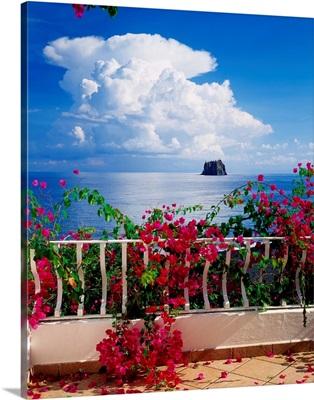 Italy, Sicily, Stromboli island, view towards Strombolicchio islet