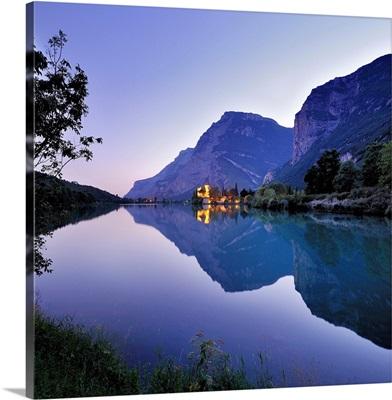 Italy, Trentino-Alto Adige, Alps, Trentino, Lago di Toblino, Castle and lake at sunset