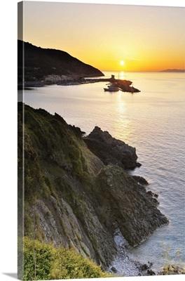 Italy, Tuscany, Tuscan Archipelago National Park, Crocetta beach