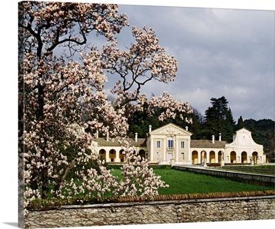 Italy, Veneto, Villa Barbaro, Maser, View of the villa by Andrea Palladio