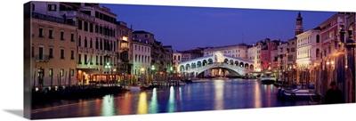 Italy, Venice, Canal Grande and Ponte di Rialto