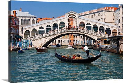 Italy, Venice, Canal, Riato Bridge. Not to be used for puzzle worldwide until Dec 2008