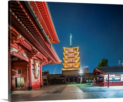 Japan, Kanto, Tokyo, Asakusa, Senso-Ji, The Hozo-Mon Gate And The Five-Storey Pagoda