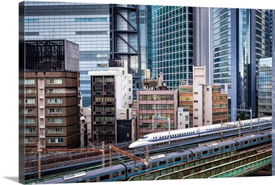 Japan, Kanto, Tokyo, The Shinkansen bullet train, Shinagawa