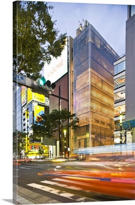Japan, Tokyo, Maison Hermes building by Renzo Piano in Ginza