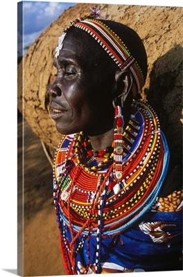 Kenya, Rift Valley, Laikipia Plateau, Loisaba Wilderness lodge, Samburu woman