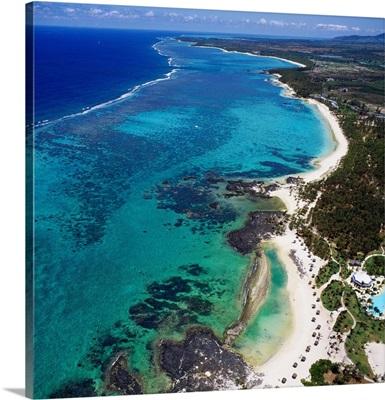 Mauritius, East Coast, Le Coco Beach Hotel, beach
