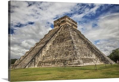 Mexico, Yucatan, Chichen Itza, El Castillo