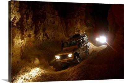 Middle East, Israel, Yam Hamela (Dead Sea), grotto