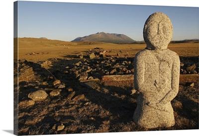 Mongolia, Bayan-olgiy, Altai Tavan Bogd National Park, balbal (Turkic stone statue)