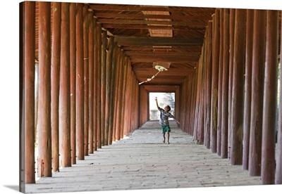 Myanmar, Mandalay, Bagan, Local boy with a kite