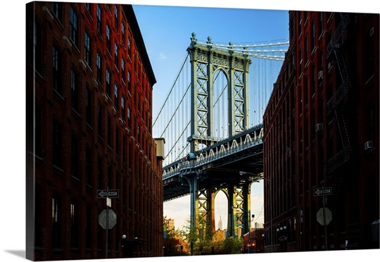 New York City, Brooklyn, Dumbo, Empire State Building framed by ...