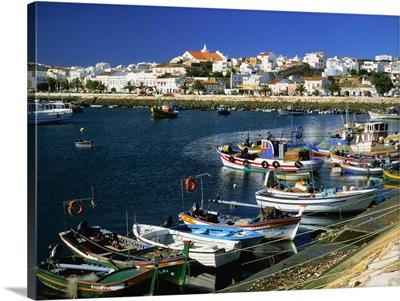 Portugal, Algarve, Lagos, harbor and town