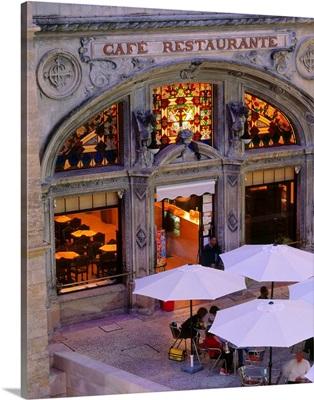 Portugal, Coimbra, Praca de Maio, cafe