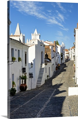 Portugal, Evora, Alentejo, Monsaraz, Cobbled village street