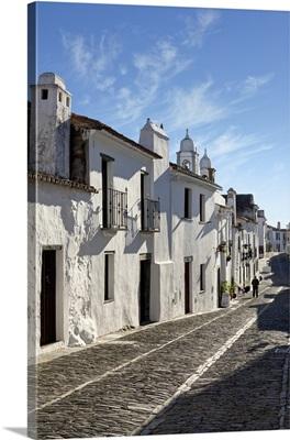 Portugal, Evora, Alentejo, Monsaraz, Cobbled village streets