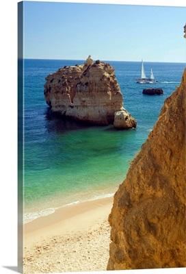 Portugal, Faro, Albufeira, Algarve, Praia de Sao Rafael beach