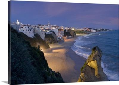 Portugal, Faro, Algarve, Albufeira, Albufeira at night, the main town beach