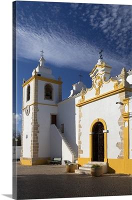 Portugal, Faro, Algarve, Alvor, Church in town centre