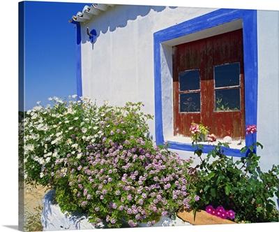 Portugal, Faro, Algarve, Ferragudo, Typical architecture