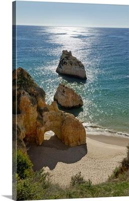 Portugal, Faro, Alvor, Praia dos Tres Irmaos