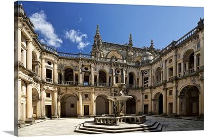 Portugal, Knights Templar, a cloister fountain in the Convento de Cristo convent