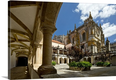 Portugal, Knights Templar, Cloisters and courtyard in the Convento de Cristo convent