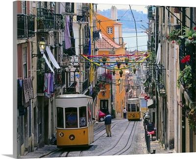 Portugal, Lisbon, Bairro Alto, Elevador da Bica
